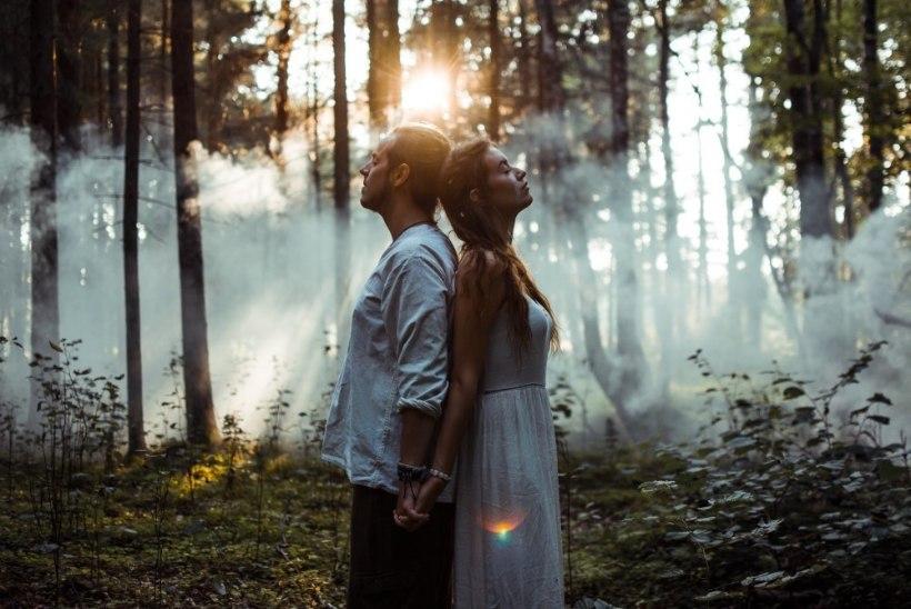 ÕNNE JA RÕÕMU! Muusikud Mick Pedaja ja Angeelia Maasik abiellusid