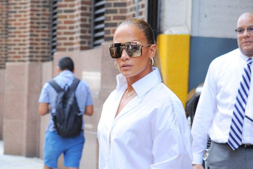 Teksad rebadel? Jennifer Lopezi suverõivast tuleb kaks korda vaadata!