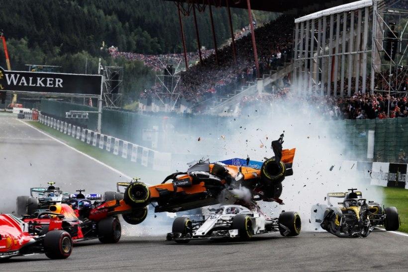NII SEE JUHTUS   Vormel 1, Belgia GP: suur avarii esimeses kurvis, Vettel teenis magusa võidu