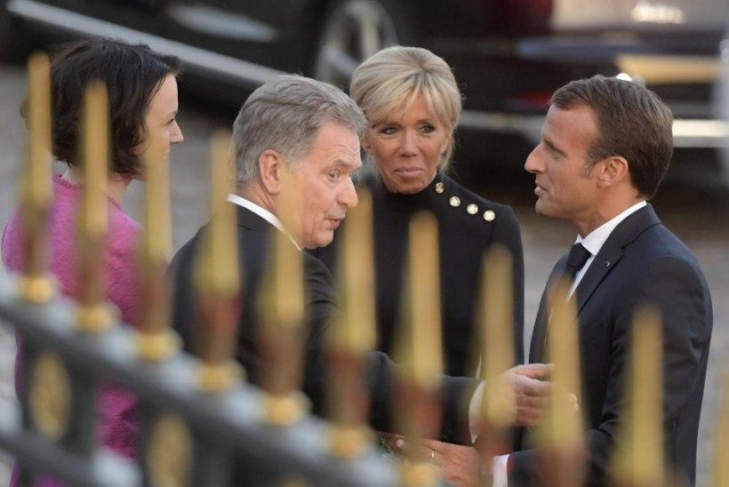FOTOD | Macron saabus koos abikaasaga Soome