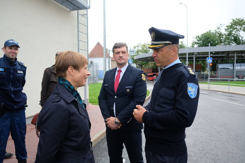 FOTOD | Presidendi kolmandasse päeva Narvas mahtus rohkelt naeru