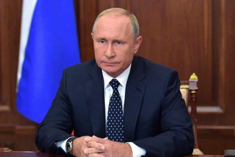 Duumasaadik kritiseeris seoses pensioniea tõstmisega Eestit