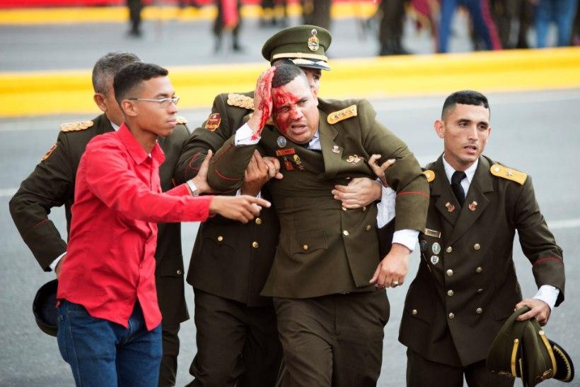 VIDEO JA FOTOD | Venezuela presidenti püüti avaliku kõne ajal pommidroonidega tappa