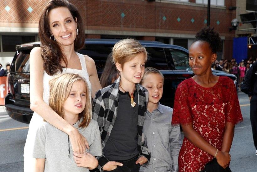ÜLE MILJONI MIINUSES! Jolie süüdistab Pitti lapsetoetusrahadega närutamises
