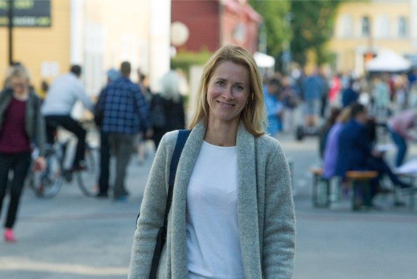 OHTLIK SÕIT! Kaja Kallas jalgrattaga Tallinna kesklinnas: kaks korda oli tunne, et nüüd jään alla!