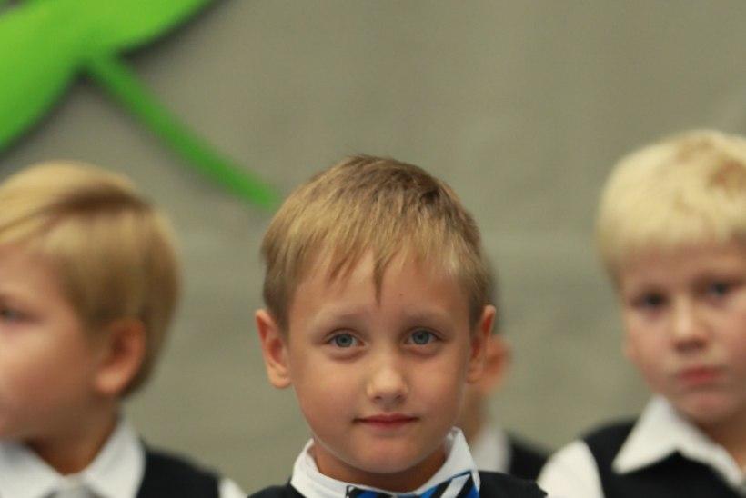 Carmen Pritson: esimesel koolipäeval saab mu lapsest justkui hetkega väike noormees