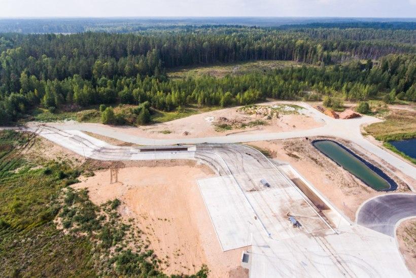 VIDEO | Keskpolügoonil avati keskkonnasäästlik tankipesula