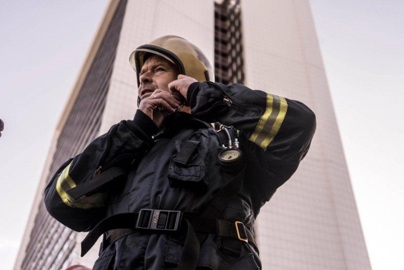 VIDEO | Siseminister jooksis päästjate täisvarustuses 22. korrusele