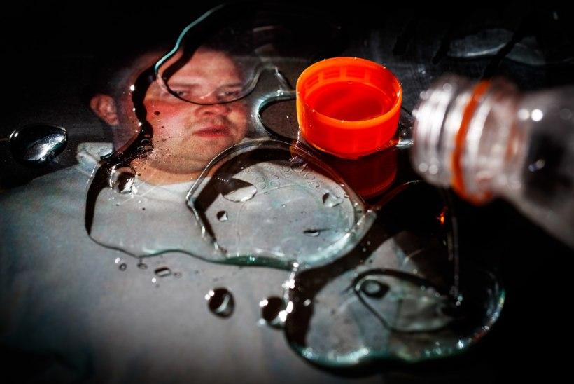 Korgijoogikuningas Tarmo trikitab jälle: politsei leidis mehe kodust narkopuhveti