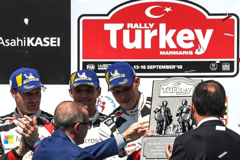 MIS ASI SEE OLI?! Tänak ja Järveoja triumfeerisid Türgi ellujäämislaagris