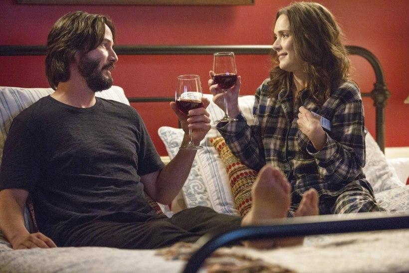 ARVUSTUS   Film sellest, kuidas mees ja naine joovad poolteist tundi veini ja räägivad