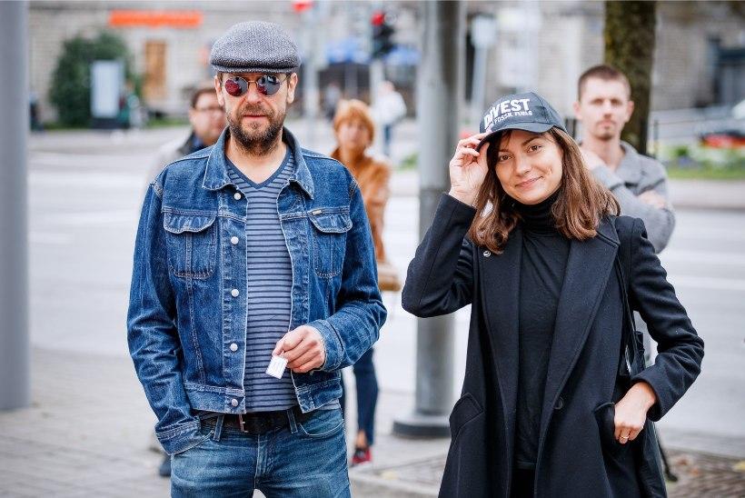 GALERII   Estonia teatri eest startis elektriautode maraton, võistlevad ka Ivo Uukkivi ja Zuzu Izmailova
