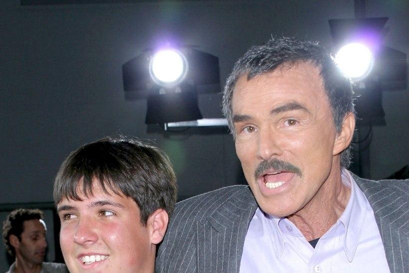 Burt Reynolds jättis oma ainsa lapse testamendist välja