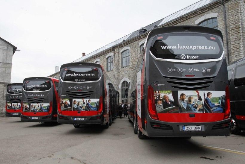 VIDEO | Napikas! Liinibuss sõidab Tallinna-Tartu maanteel nagu pöörane