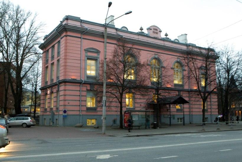 Tanel Veenre: Tallinna keskraamatukogu skeemitab lugejatega raha teenimise eesmärgil