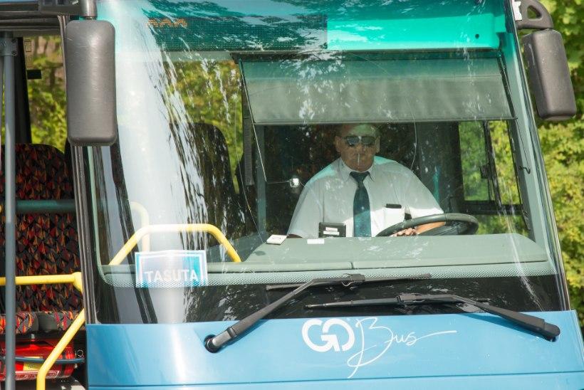 MÜÜDIMURDJA: kas tasuta bussidega käiakse Valkas odavat alkoholi toomas?