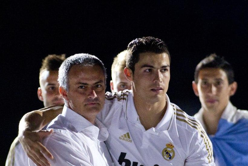 Lollus või geniaalsus? Jose Mourinho keelas klubi juhtidel Ronaldo ostmise