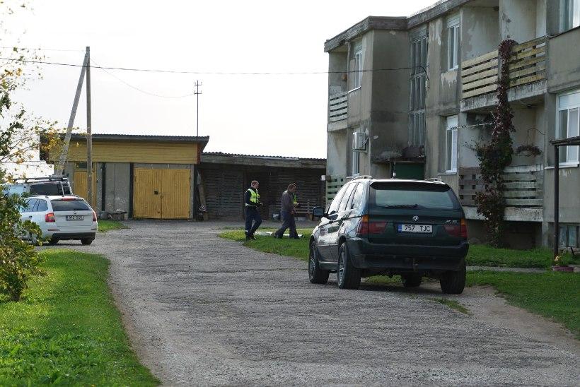 FOTOD   Politseinikud pidasid kinni mehe, keda kahtlustatakse endise abikaasa tapmises