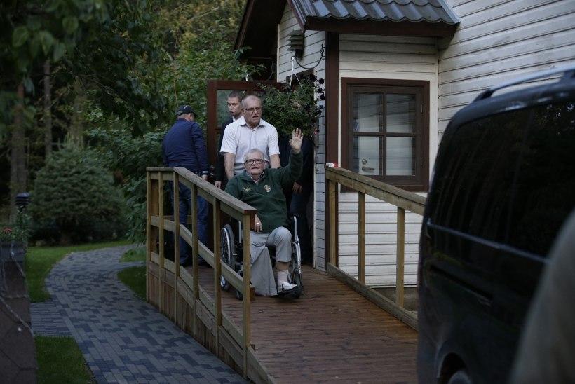 Altkäemaksu kahtlus ja infarkt: miks on 22. september Savisaarele saatuslik kuupäev?