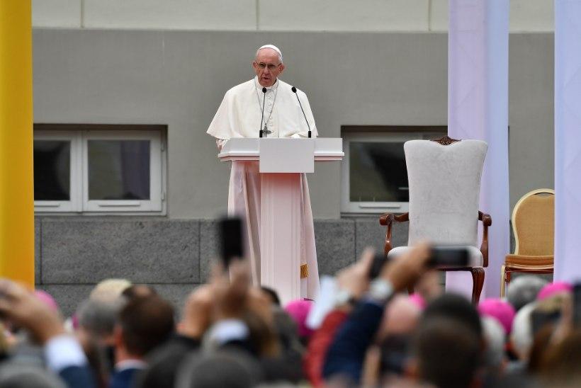 PROVOKATSIOON? Paavsti visiiti varjutab Läti katoliku kiriku seksiskandaal