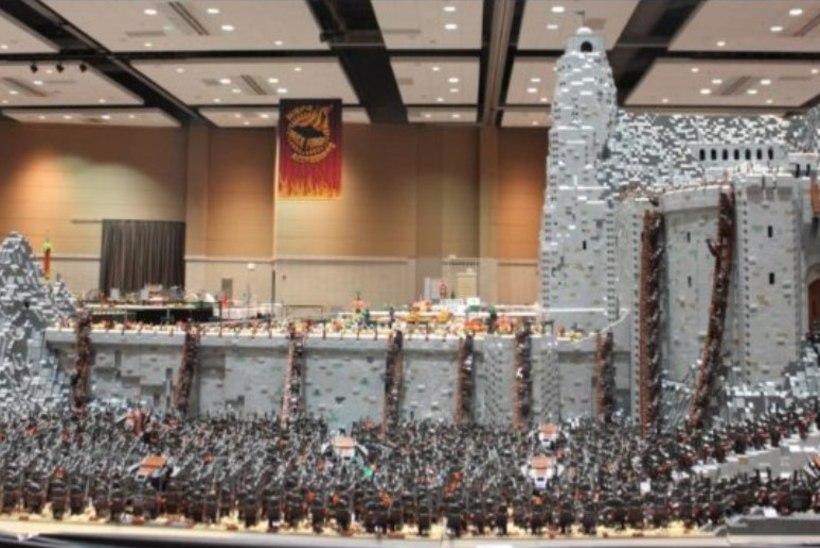 """PILTUUDIS   150 000 LEGOTÜKKI: fänn ehitas """"Sõrmuste isanda"""" võitlustandri"""
