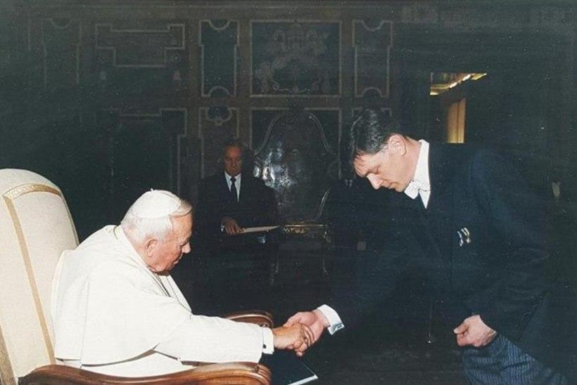 Tarandid meenutavad Vatikanis käiku: vestlus paavstiga, peitusemäng kardinalidega