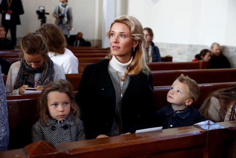 PILTUUDIS | Kaarli kirikusse läks paavsti kaema ka Ithaka Maria