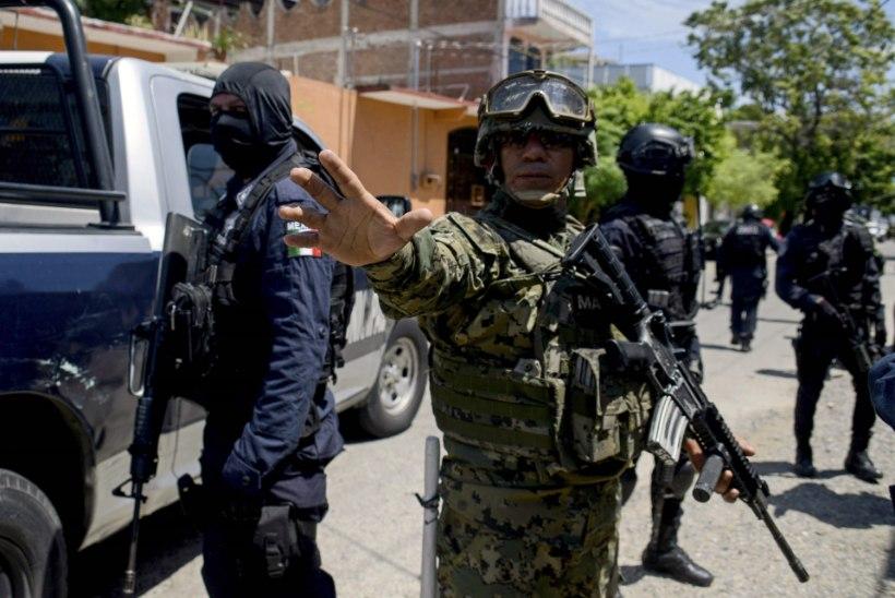 Acapulcos sattus uurimise alla terve politseijaoskond