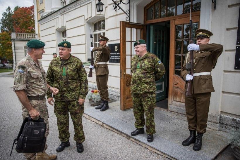 GALERII | Ühendkuningriigi kaitseväe juhataja asetäitja külastas Eestit