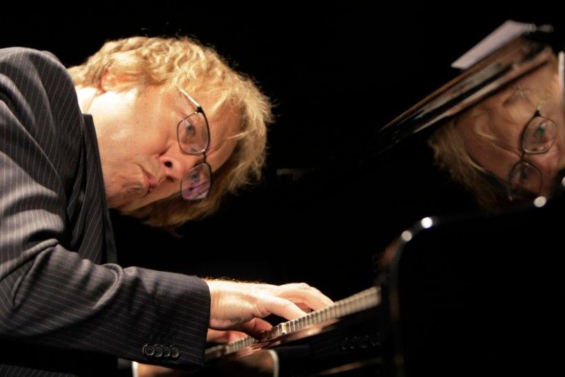 """""""Rein Rannap süveneb klaverimängu sedavõrd, et võib endal kas või pea puruks lüüa!"""""""