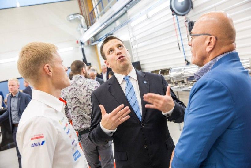 FOTOD | Toyota rallimeeskond pühitses Eesti tehase sisse