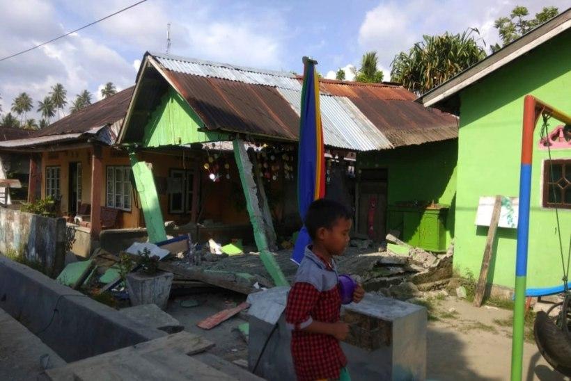 Indoneesia tsunamis on hukkunud üle 800 inimese