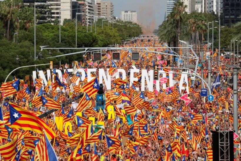 AASTA PÄRAST ISESEISVUSREFERENDUMIT: katalaanide unistus oma riigist elab edasi