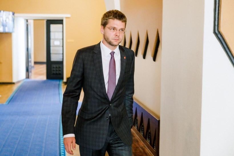 Jevgeni Ossinovski: Eesti valik on, kas minna edasi vaba demokraatiana või minna katki
