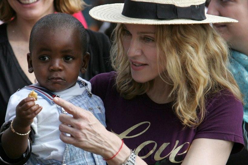 Madonna adoptiivpoeg riietus 13. sünnipäeva puhul üleni Guccisse