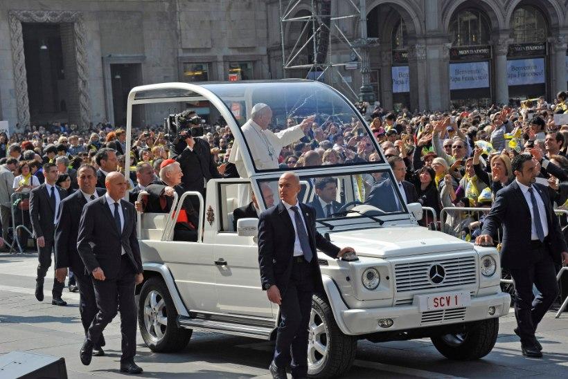 KURB UUDIS: uskmatud paavsti missal tasuta veini ei saa