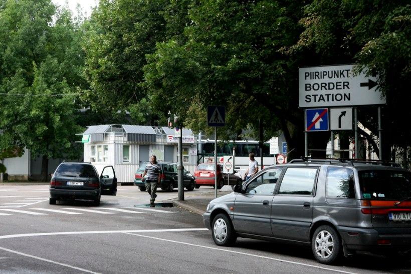 Liisinguautoga Venemaale suundujad peavad arvestama hiigeljärjekorraga