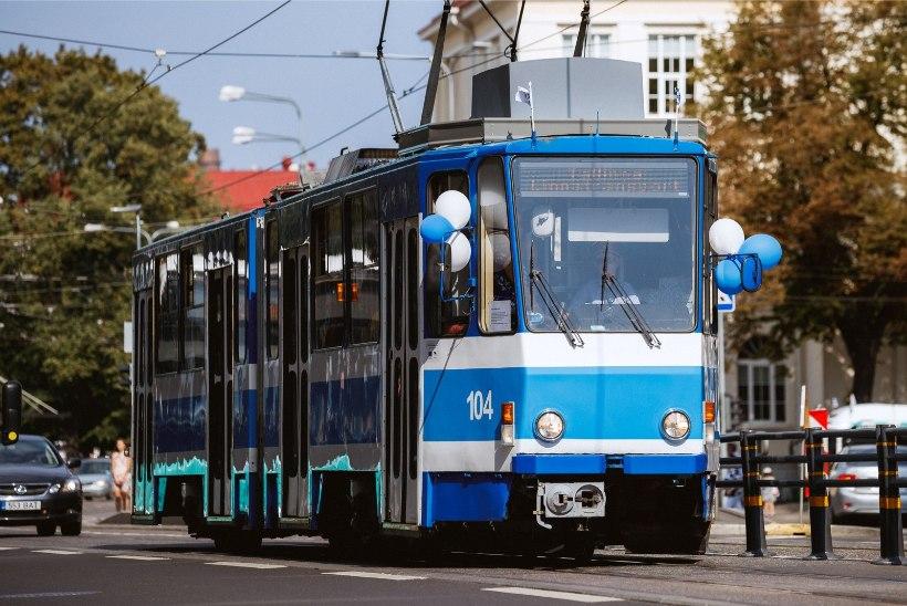 Tallinnas hakkab sõitma Neeme Järvi nime kandev tramm