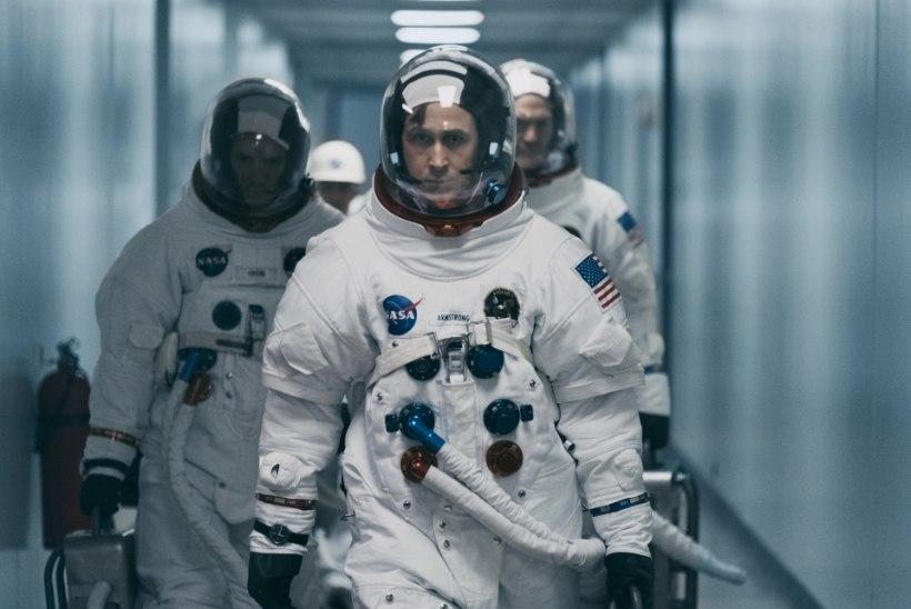 Skandaal: Neil Armstrongi eluloofilmis ei näidata USA lipu heiskamist Kuule