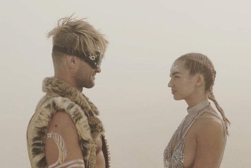 IMELISED FOTOD | Johann Urb ja tema kaunis kaasa abiellusid kõrbeliival