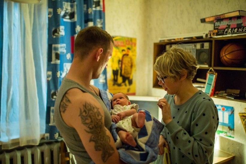 Reimo Sagor: harjutasin isa rolliks, kuidas mähkmeid vahetada ja kõike ühe käega teha