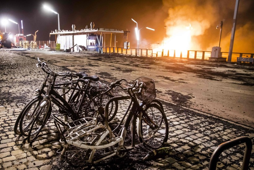 VIDEO JA FOTOD | Hiigellõke läks Hollandis käest ära ja vallandas põrgulikud tulekeerised
