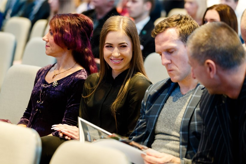 GALERII | Arida Muru ja Ott Kiivikas särasid EOK vastuvõtul