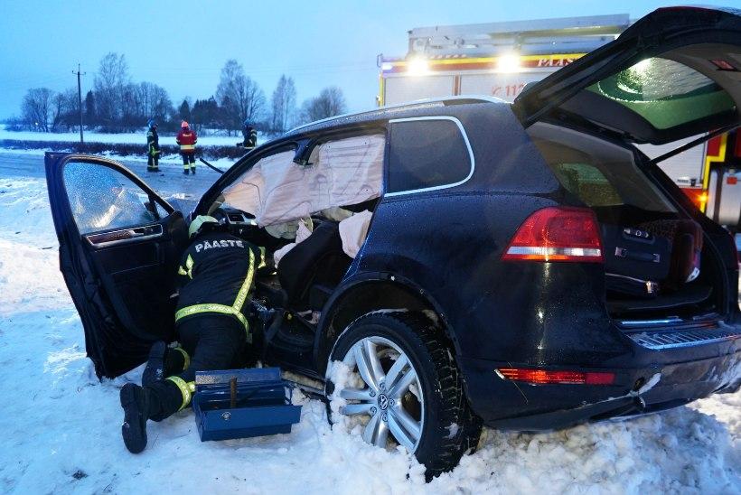 Maanteeamet: Mäo õnnetuskohta oli varahommikuks hooldatud üheksa korda