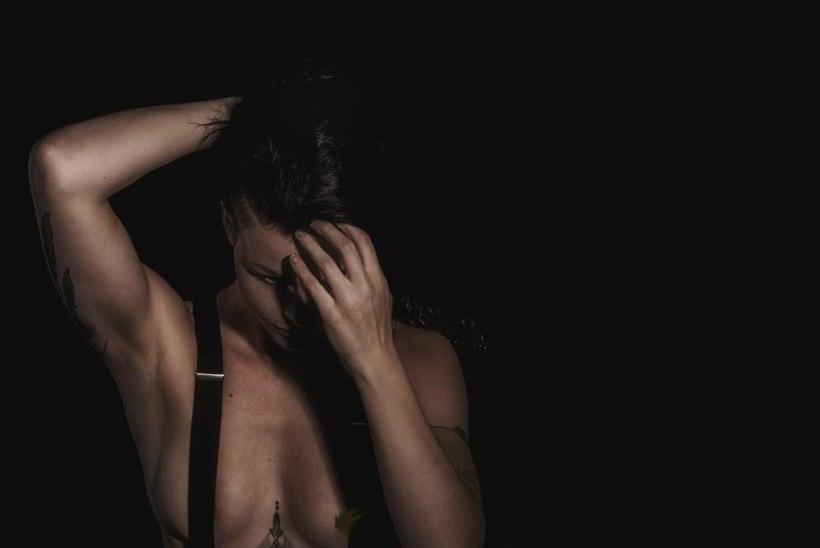 ÜLIKUUMAD PILDID | Endine Norra vutikoondislane naudib fotograafina naiste kehavõlusid