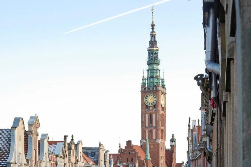 GALERII | Tuhanded leinajad jätsid Gdanski linnapeaga hüvasti