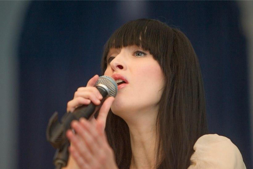 Sandra Nurmsalu: olin varem see laulja, kes võis isegi oma nime ära unustada