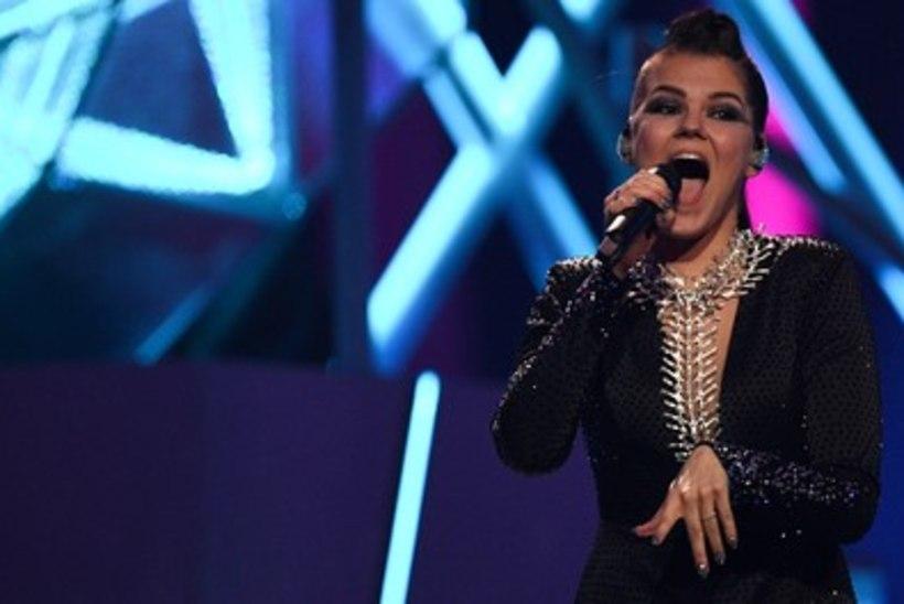 Võimas! Soome laulusensatsioon Saara Aalto liitub Spice Girlsiga