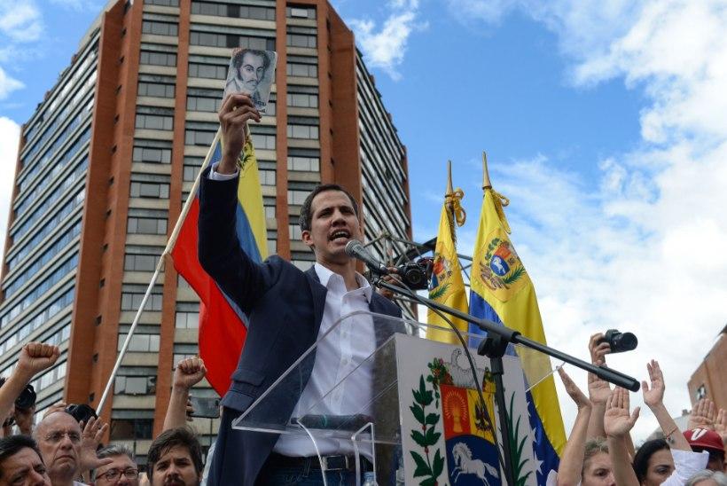 VENEZUELA RAHUTUSED: opositsiooniliider kuulutas end ajutiseks presidendiks ja kütab rahvast üles