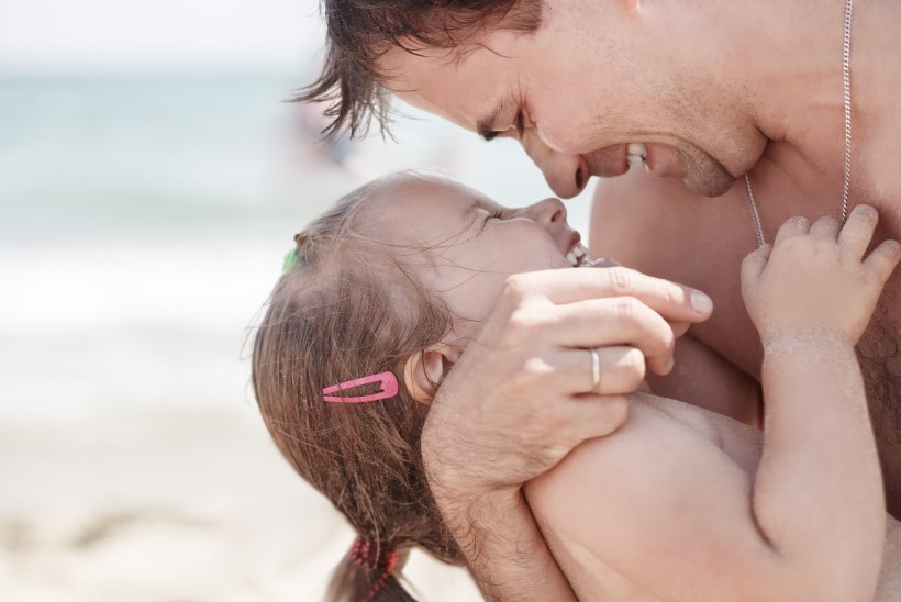VAATA VAID! Hittvideo isa ja lapse erilistest hetkedest